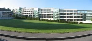 Film solaire teinté pour bâtiment d'isolation thermique de l'immeuble GSK Siège de 6000m² à Paris