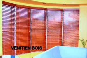 Pose de stores vénitiens à Toulon (83) pour vos fenêtres
